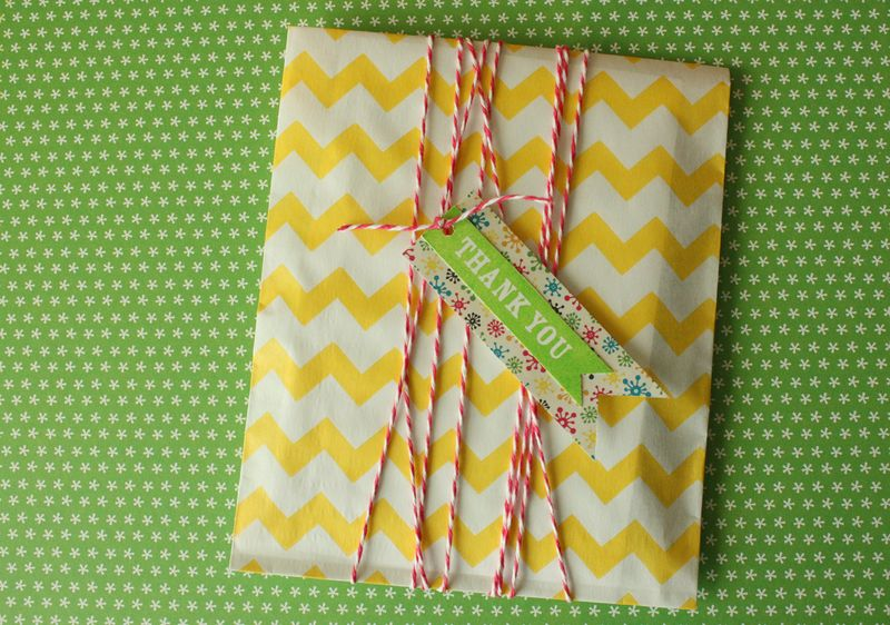 Just Make Stuff Blog...Gift Card Wrapping