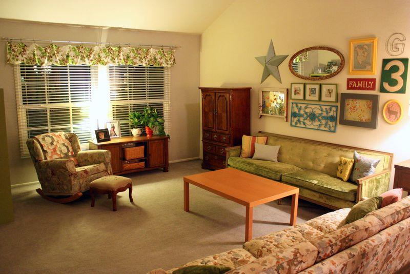 Just Make Stuff Blog...Vintage Couch