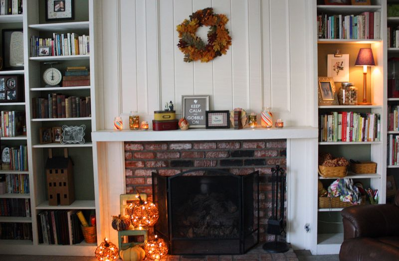 Just Make Stuff Blog...Thanksgiving Mantle