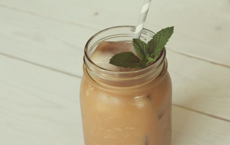 Just Make Stuff Blog...Vanilla Mint Iced Tea