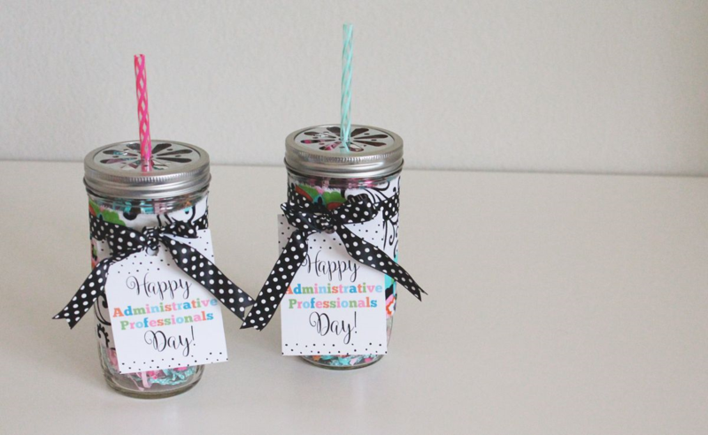 Free Printable Administrative Professionals Day Gift Tag...Just Make Stuff Blog & Just Make Stuff: Gift Giving