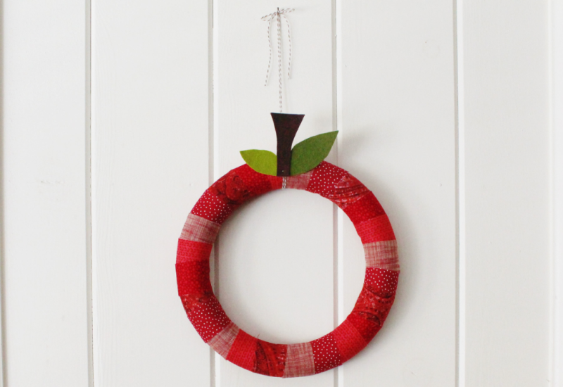 Fabric Apple Wreath...Just Make Stuff Blog